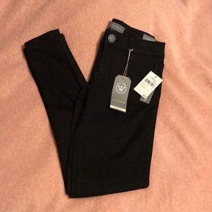 NWT Wit and Wisdom Black Skinny Jeans